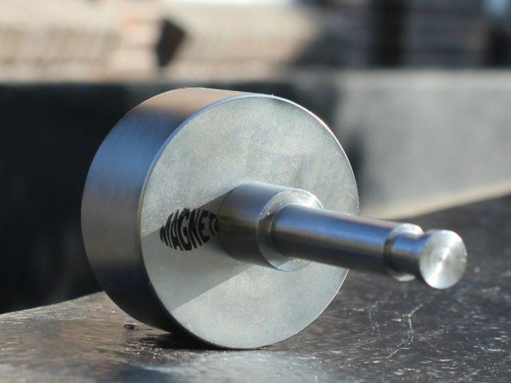 Magneetprikken met magneetstok